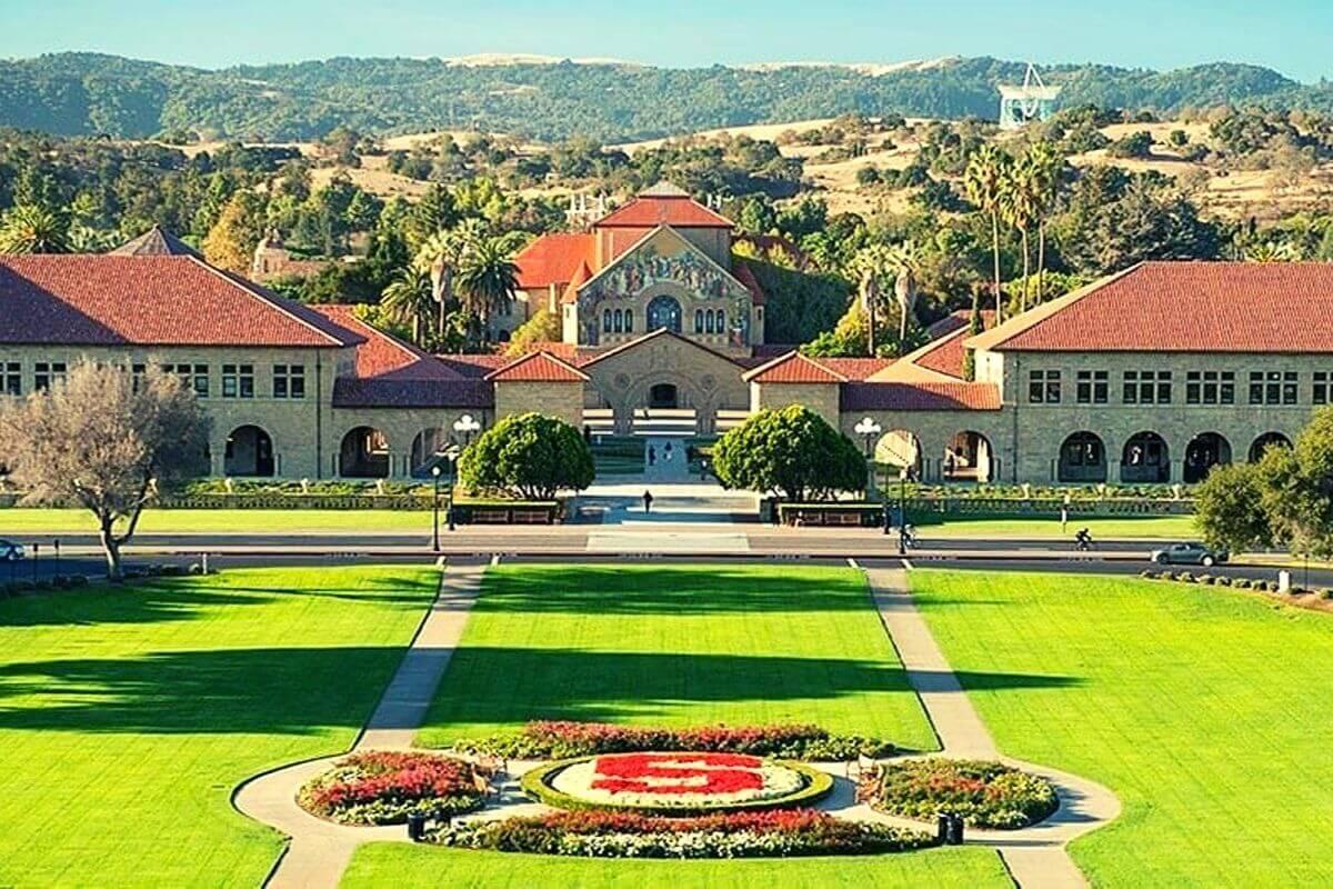 Stanford University (Stanford, CA)
