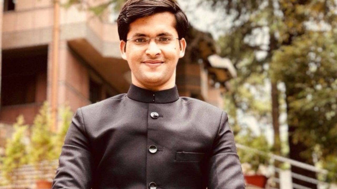 Youngest IAS Officer